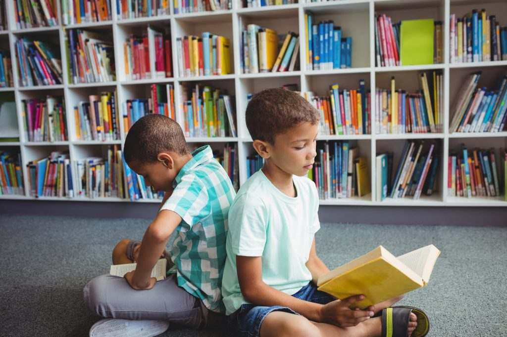 The first week after a school vacation is a great way to review reading expectations in the classroom.  Here are a few tips on how to do that!